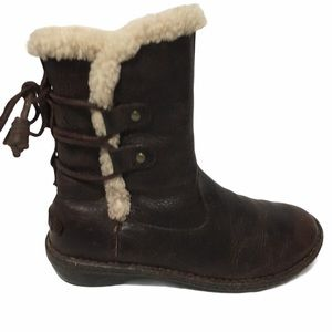 UGG LEATHER SHEEPSKIN LACE UP BROWN